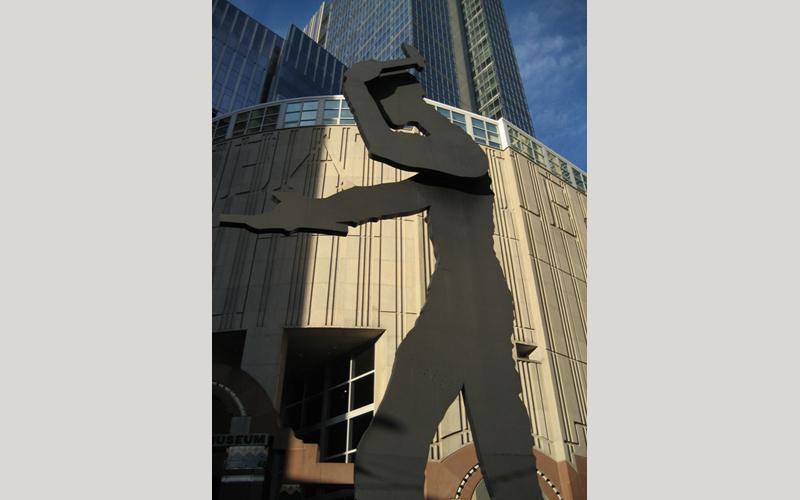 Seattle Art Museum - Rushing